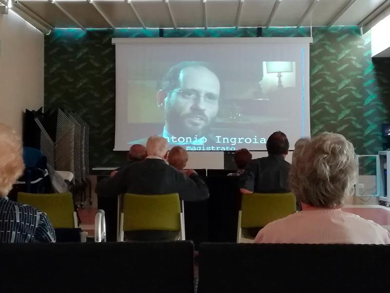 Documentario - Dibattito politico e attualità